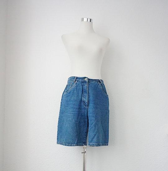 """""""Zeig her Dein Bein"""" - Blaue Jeans-Shorts"""