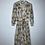 Thumbnail: Cremefarbiges Kleid mit Jacke, Muster braun/blau