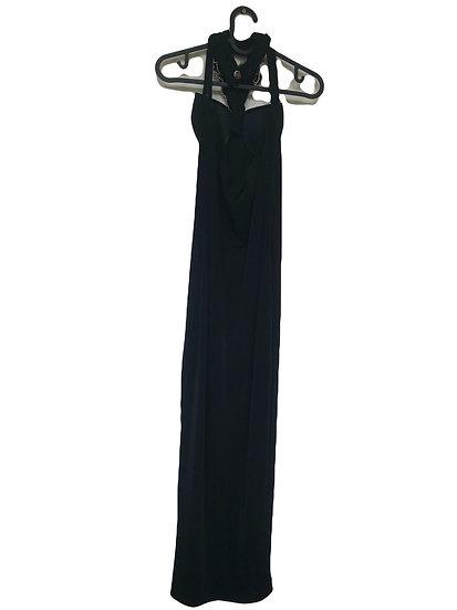 Langes schwarzes Partykleid mit Stickereien und Goldperlen am Hals