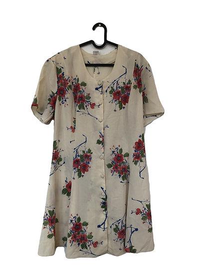 Cremefarbiges Kleid mit Rosen und Knöpfen
