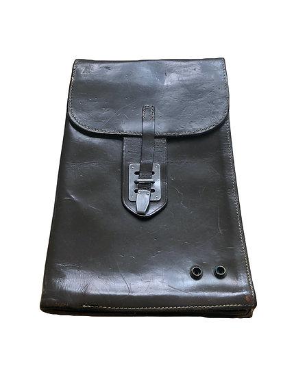 Dunkelolivfarbige Konduktörtasche Vintage
