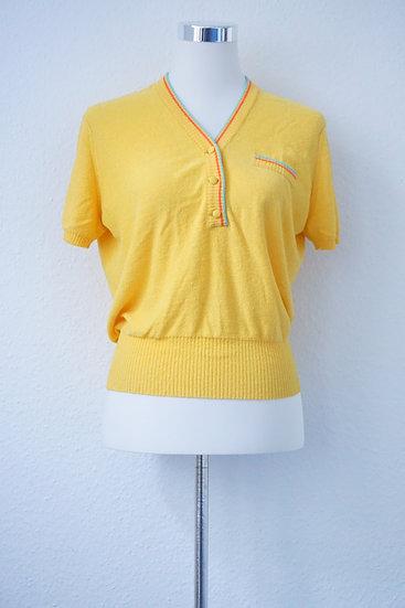 """""""Yellow Skate Girl"""" - Gelber Pullover mit bunten Streifen"""