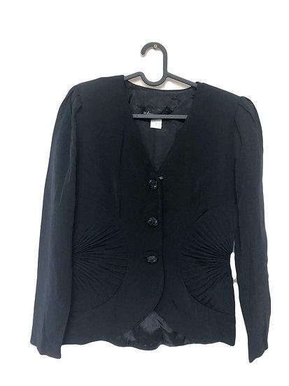 Schwarze Jacke mit Puffärmel und Knöpfen
