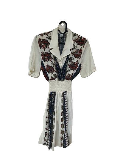 Weißes Kleid mit Vintage Motiv