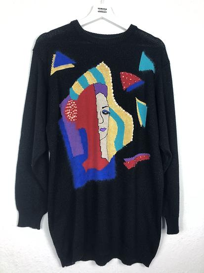 Schwarzer Pullover mit Frauengesicht