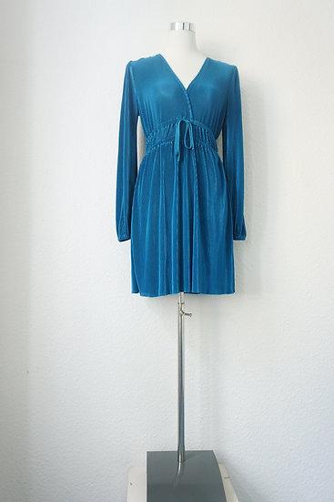 Blaues Slinky Kleid