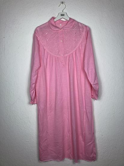 """Rosa """"Granny"""" Nachthemd mit Stickereien"""