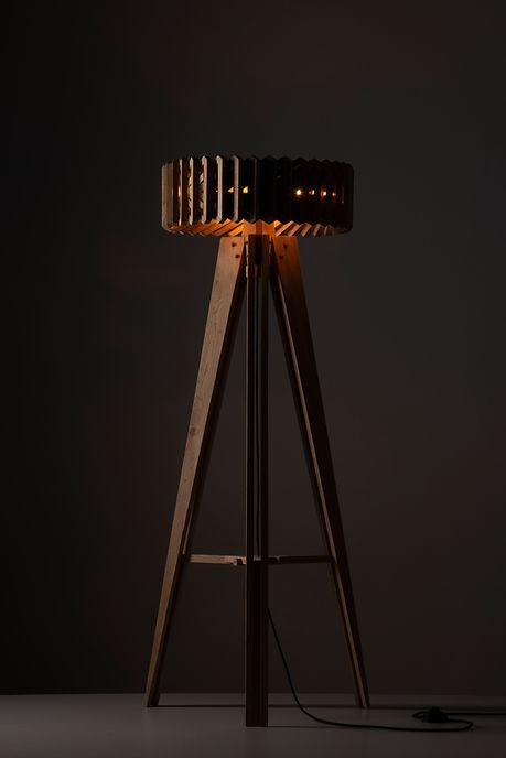 lamp staand donker.jpg