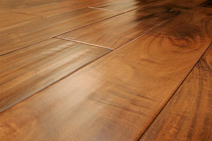 laminate hardwood