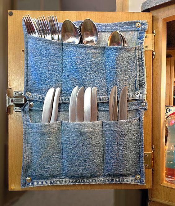 caravan cutlery storage