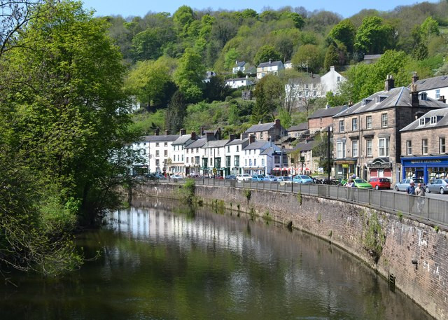 Top 5 Things to do in the Peak District