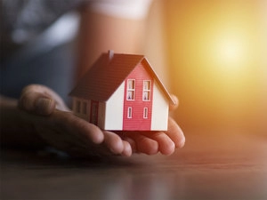Property market may witness 50% surge in global investment in 2021: Colliers