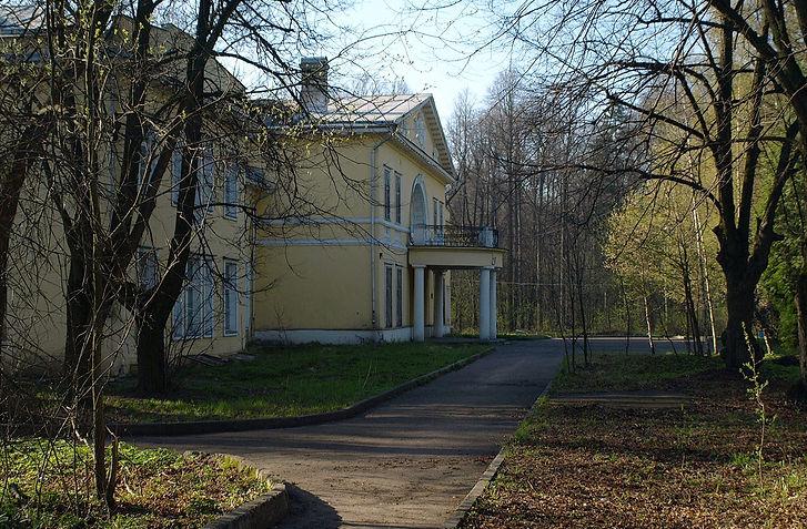 Moscow,_Vinogradovo_Estate_3.jpg