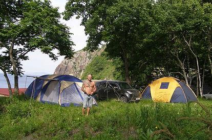 палатки на поляне орлан