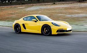 Porsche Cayman Luxury car rental KL, Malaysia | www.thecarrentalmalaysia.com