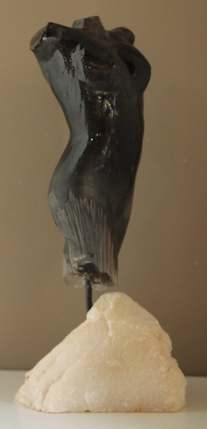 Buste Noir Taillé
