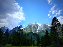 mountain-3247998_1920.jpg