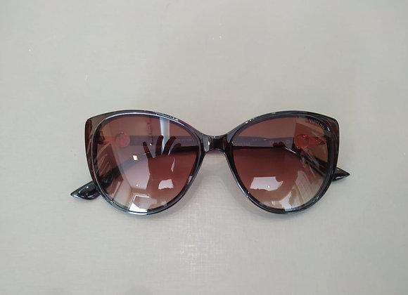Óculos de sol feminino - NOVO