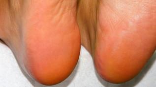 jalkahoito ja manikyyri
