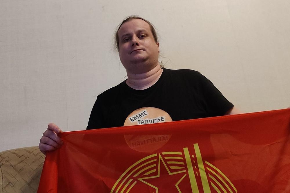 Kuvassa Kommunistinuorten hallituksen jäsen Toni Kallioinen.