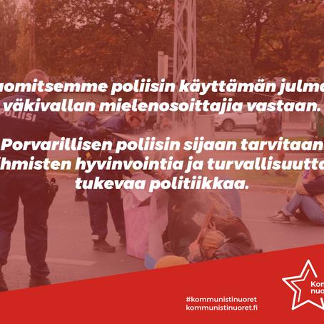 Porvarillinen poliisi suojelee pääomia ja kapitalisteja