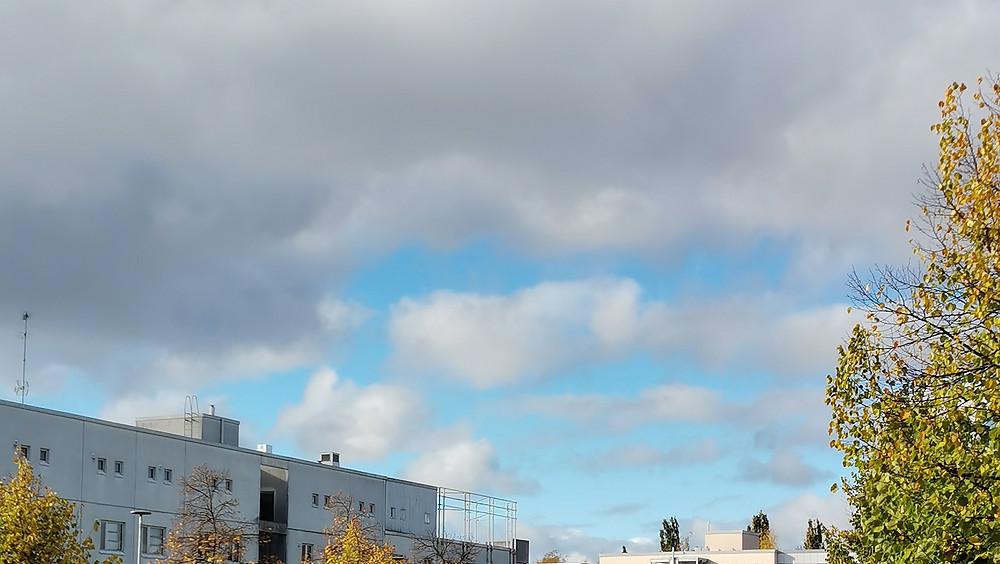 Kuva taivaasta Malmilla.