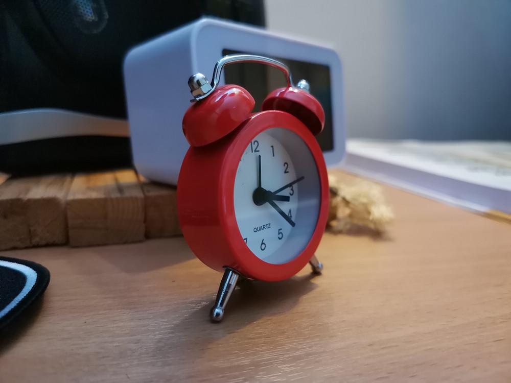 Punainen kello.
