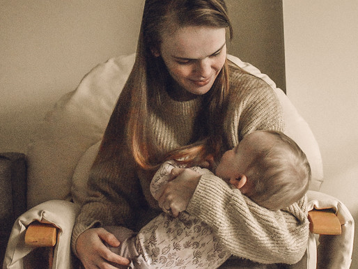 Five breastfeeding products every new mum needs