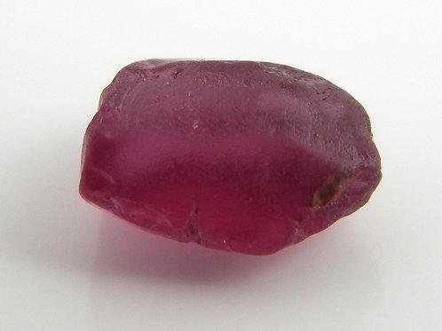 Umbalit Garnet Facet Rough 0.6 Grams (#94)