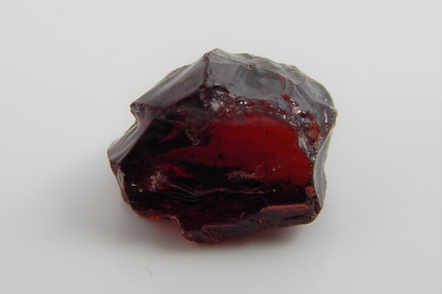 Red Garnet Facet Rough 1.5 Grams (323p)