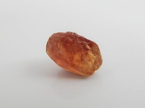 Orange Umba Sapphire Facet Rough 0.8 G (547p)