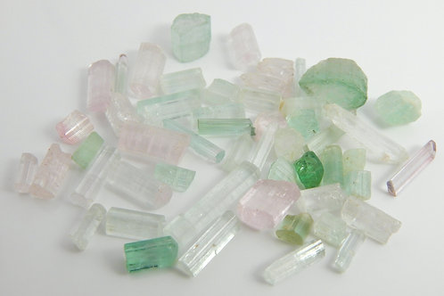 Tourmaline Mixed parcel Crystals/Facet/Cabbing Rough 20 Grams (#88)