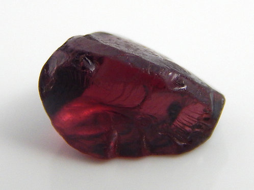 Rhodolite Facet Rough 0.9 Grams (#31)