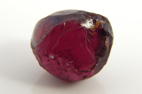Rhodolite Garnet Facet Rough 2 Grams (#73p)
