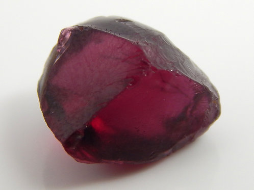 Rhodolite Garnet Facet Rough 1.7 Grams (#284p)