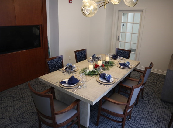 Private Dinning Room at Queens Estate