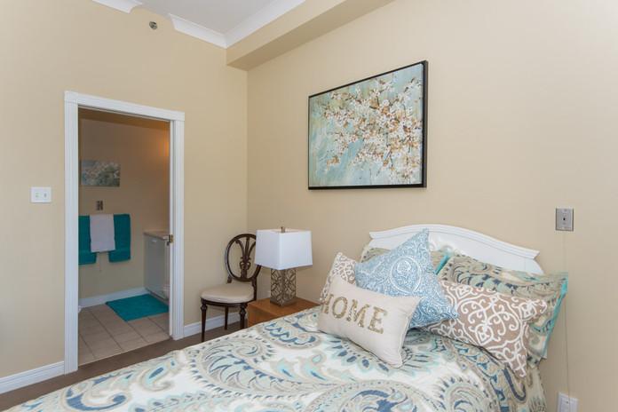 Bedroom with Ensuite Bathroom