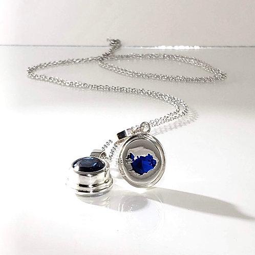 Iceland Pendant with Blue Gemstone