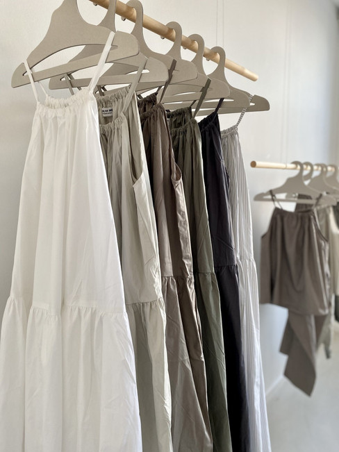 Kleider von Carebyme