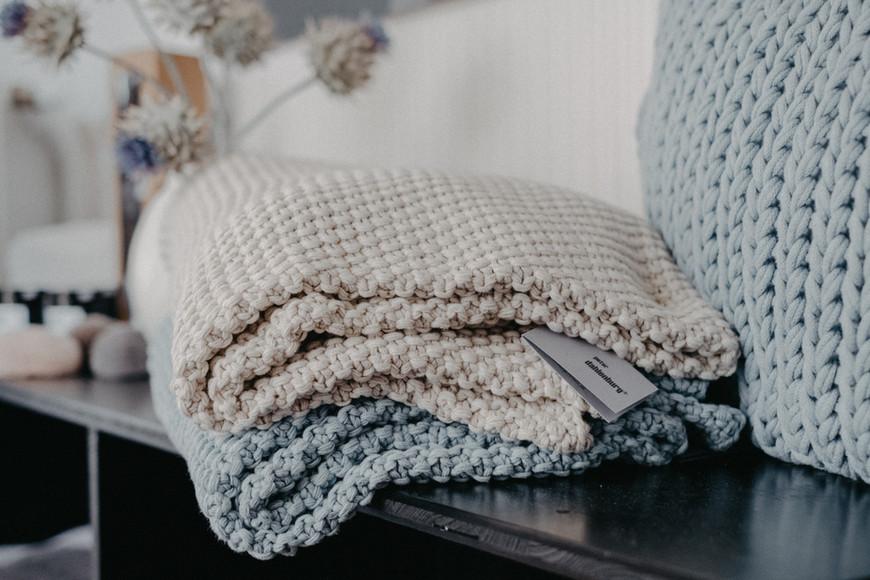 Decken und Kissen von Peter Dahlenburg