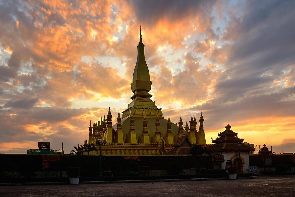 Pha That Luangin stupa Vientianessa