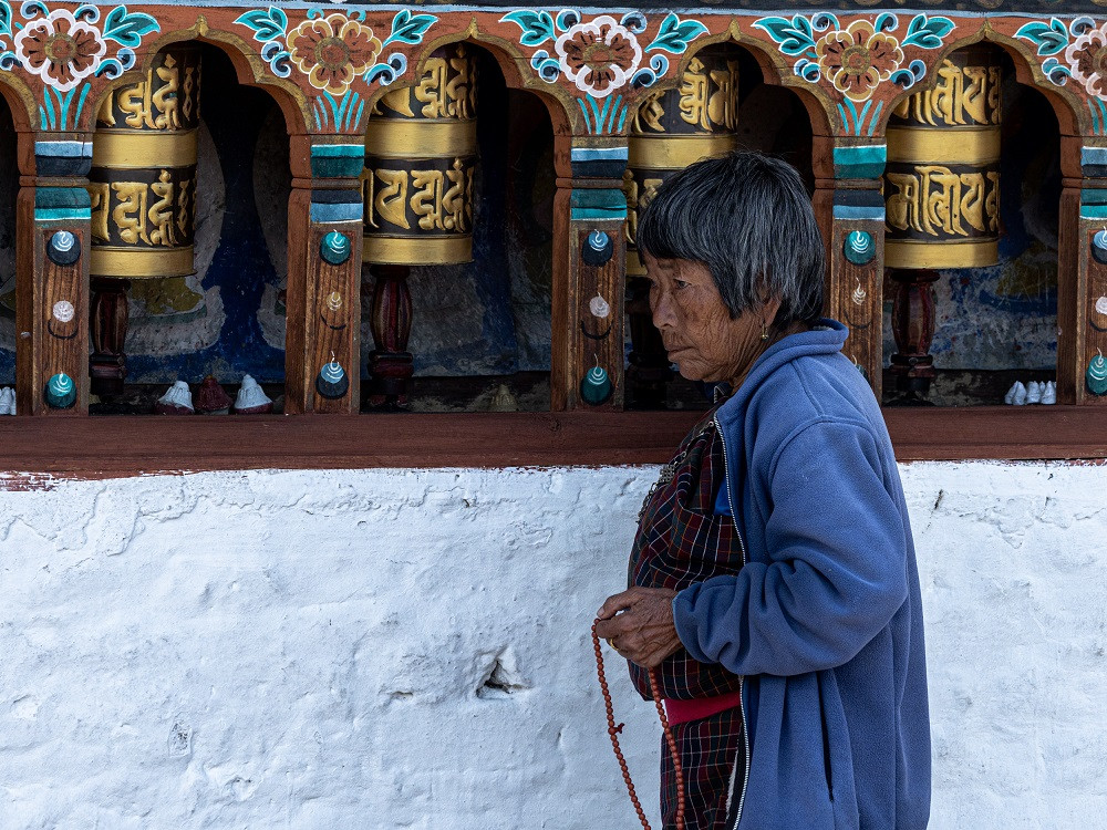 Malan avulla buddhalainen voi laskea mantrojaan.