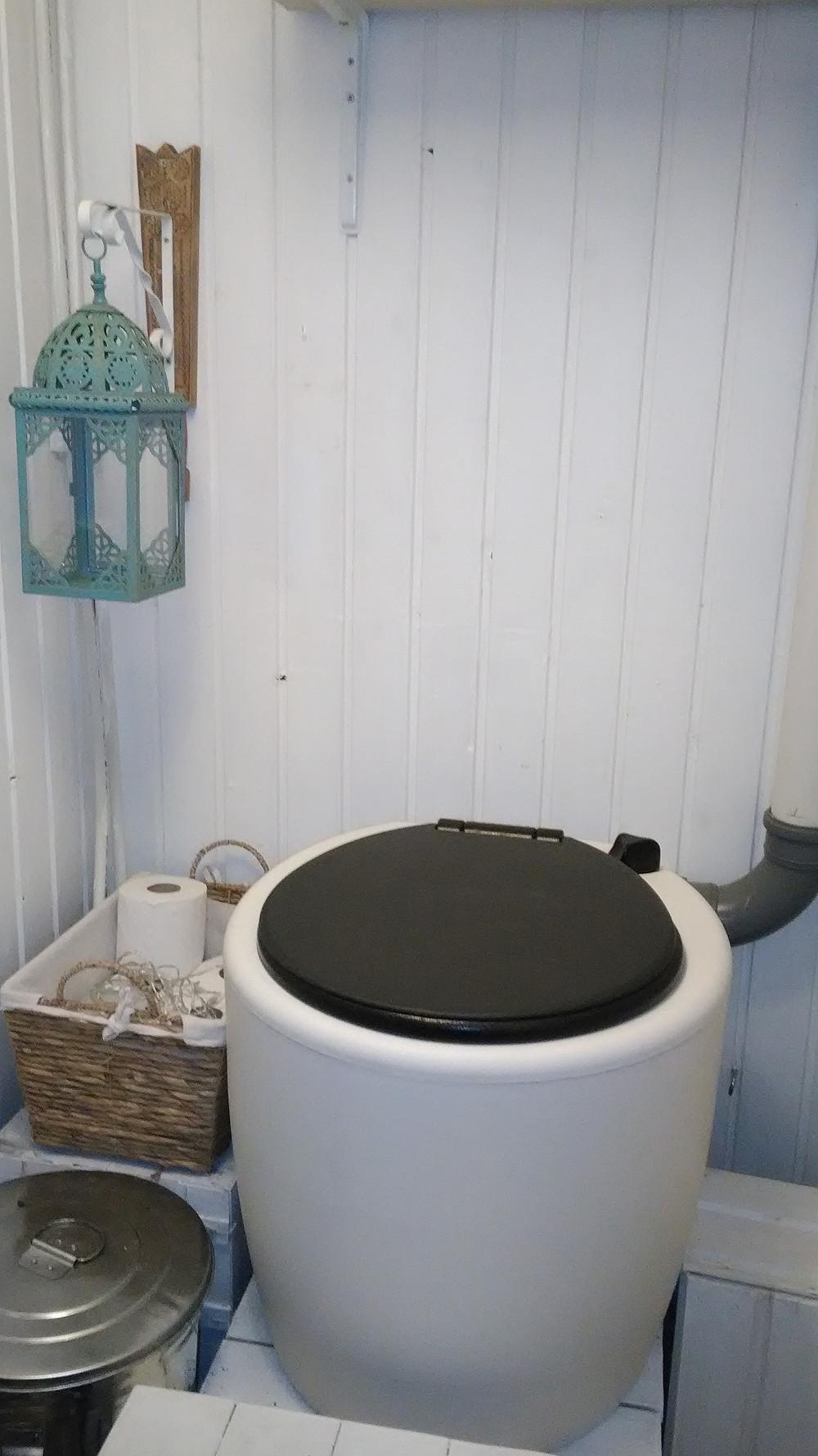 Kuivakäymälä on siisti vaihtoehto vesivessalle