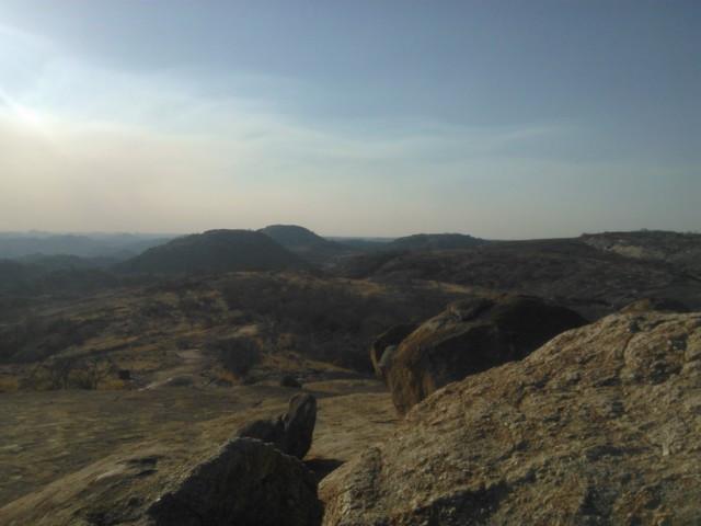 Matobon karunkaunis luonto pysäyttää.