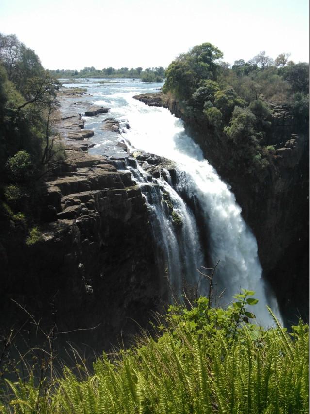 Mosi-oa-Tunya on UNESCOn maailmanperintökohde