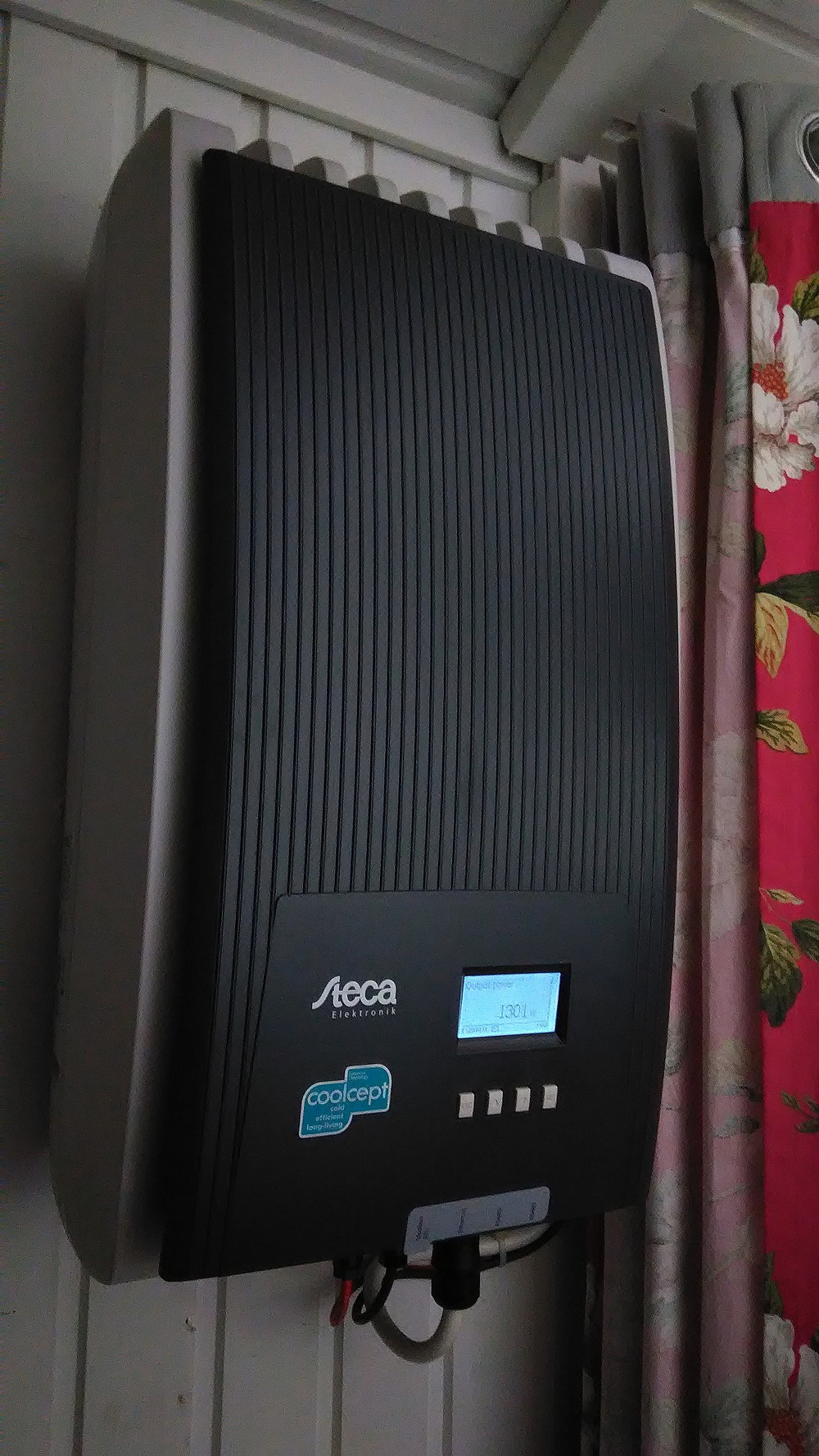 Invertteri on olennainen osa aurinkosähköjärjestelmää.