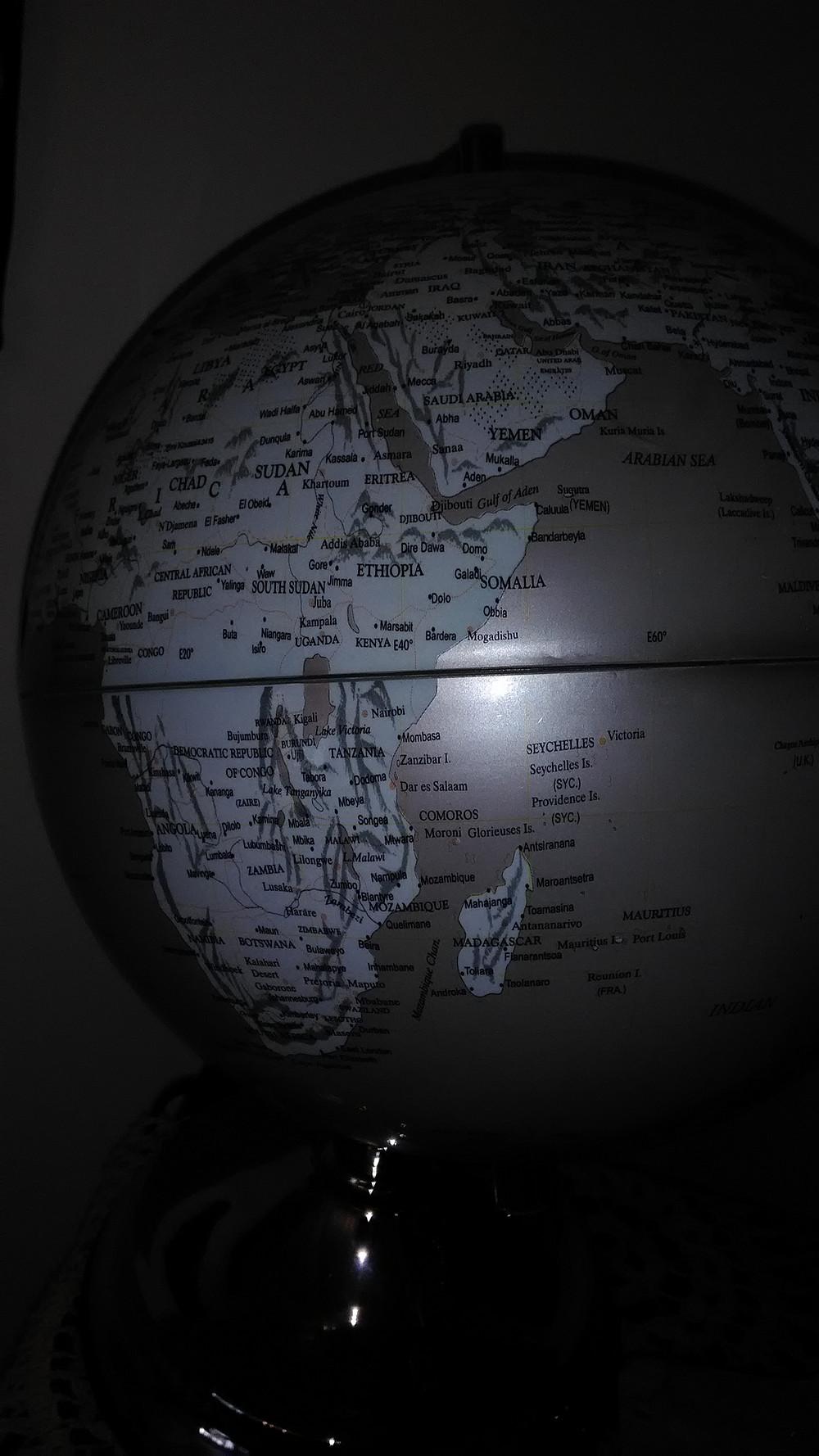 Ugandan naapurimaita ovat Kenia ja Tansania