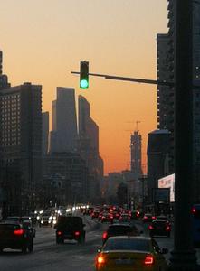 Moskovan valot tänä päivänä. Työmatkoihin voi upota 3 tuntia per suunta.