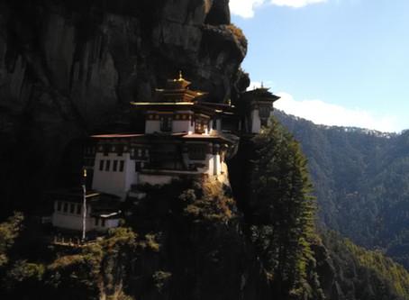 Bhutan – mikä on totuus myyttien takana?