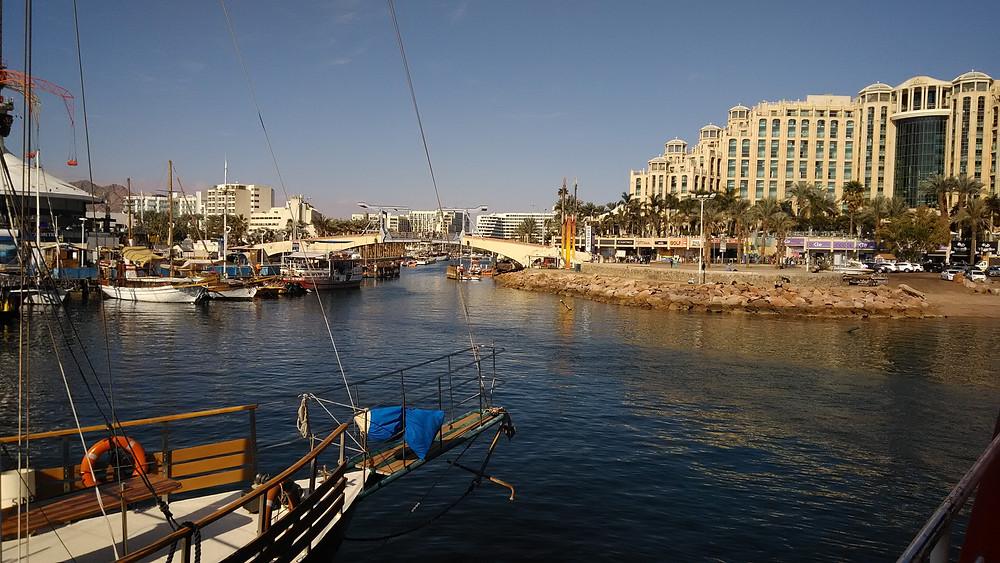 Eilatin satama-alue on tammikuussa hiljainen.